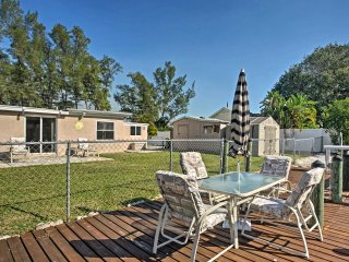 Family-Friendly Englewood Home on Canal w/ Dock!