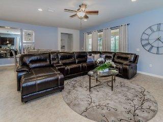 8812MD. Gorgeous 8 Bedroom Pool Home in Windsor at Westside Resort