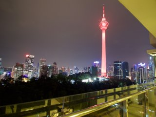 3 Bedroom KL Tower View Apartment at Kuala Lumpur City Center 26-12