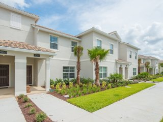 4Bed 3Bath TownHome with Boys and Girls Rooms!!!