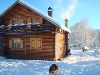 House with 3 bedrooms in Lohovo, with furnished terrace - 30 km from the slopes