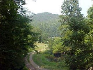 Sweet Serenity will make your visit inviting for  the Great Smoky Mountains?