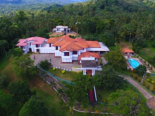 Luxury Resort Near Udawalawe National and Sinharaja Forest