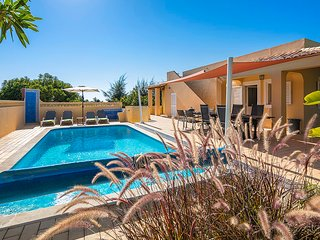 Comfortable villa with private pool, close to Carvoeiro and beach