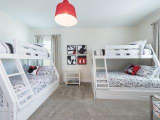 EC193- 5 Bedroom Contemporary Encore Villa