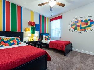 EC162- Contemporary 8 Bedroom Encore Villa
