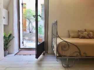 Apartment Ptit Chateau near Aix-en-Provence