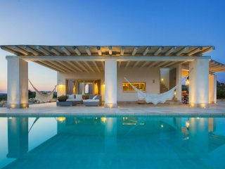 246 Extraluxury Villa with Pool in Manduria
