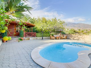 Villa con piscina & vistas al mar! Ref. 214597