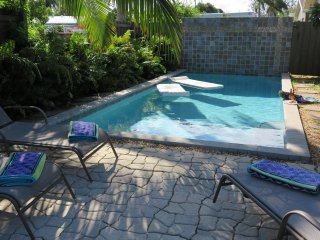 ONE WILTON FLATS 2 bed/1 bath.  Shared pool