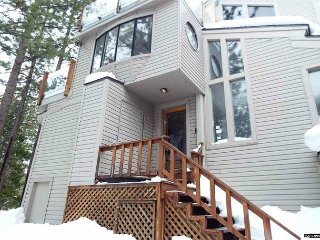 Snowbird Ct Townhouse, a great 5 bedroom home (LV116B)