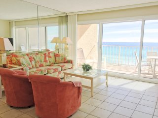 D404 BeachHouseCondo*ON the beach-Destin! 2BR Sleeps 6