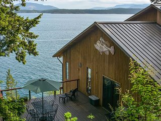 Channel House - Waterfront, Amazing Views, Near Friday Harbor.