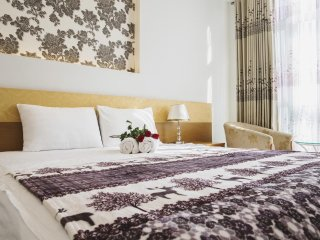 NEW PEARL HOTEL SAIGON (Standard Room w/no window 3)