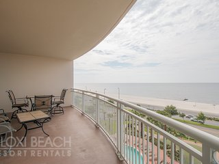 Legacy I Condo w/ Beautiful Pool & Ocean Views and Access to 3 Resort Pools