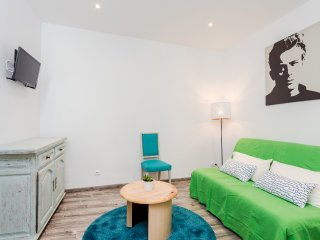 Renovated 3 bedroom in the historical Born