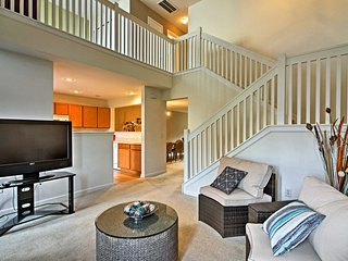 Lovely Townhome Mins from Savannah w/ Pool Access!