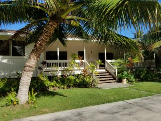 Hauula Ohana House - Paradise on a one acre tropical estate