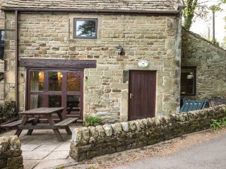 PK478 Cottage in Eyam