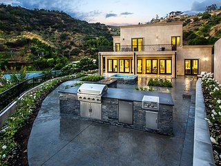 MEGA GATED BEVERLY HILLS HOME
