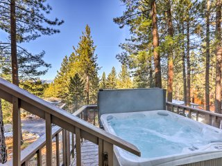 NEW! 3BR Lake Tahoe House w/Fire Pit and Hot Tub!