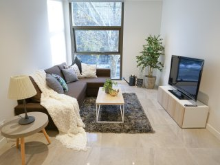 SYD CBD 1 Bed NEW Apt Walk To Darling Harbour!!!