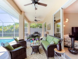Samuel - Pet Friendly Fenced in Backyard with Southern Exposure