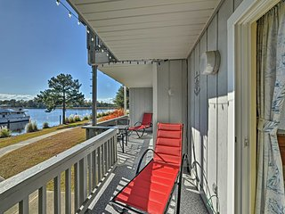 NEW! 1BR New Bern Condo on Marina w/Community Pool