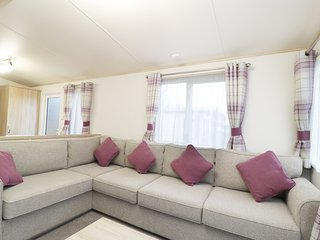 THE HIDEAWAY, open-plan, near Lake District National Park, Cockermouth 2.5