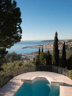 Villa Philae, apartement-villa de luxe avec vue mer exceptionnelle et piscine
