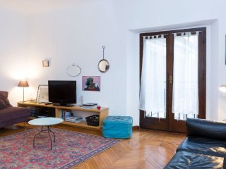 Bohemian 1 Bedroom Apartment on Corso Buenos Aires
