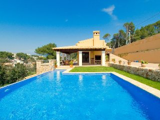 Villa Cala Molina for 6 guests, only 300m from the beaches of Cala Sant Vicente