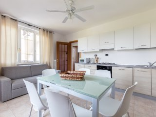 GardaSun 2 - lovely apartment 200m from the beach - Pet friendly