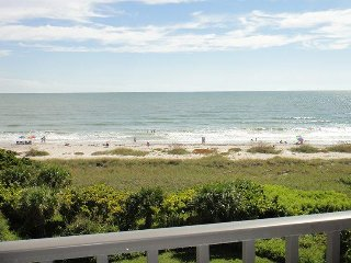 7520 Ridgewood Ave #205 :: Cape Canaveral Vacation Rental