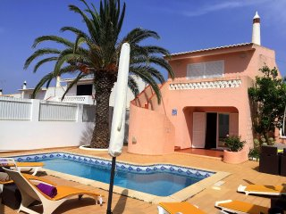Casa 28. Detached house with 3 bedrooms and private pool.