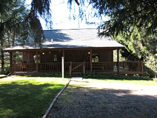 Mountain Dream-Pet Friendly, Family Friendly, Log cabin