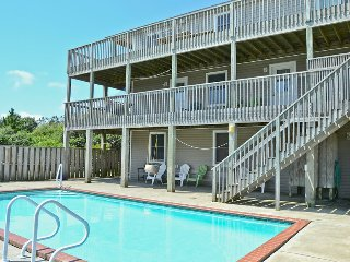 Beach BumInn - Ocean View 7BR House w/Pool. 250 yrd Walk to Beach.  Gallery Row