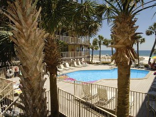 Nicely Decorated Condo with Beachview~Bender Vacation Rentals