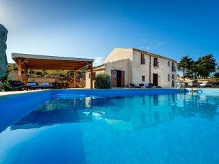 5 bedroom Villa in Castellammare del Golfo, Sicily, Italy : ref 5639263