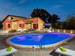 Villa Flavia con piscina