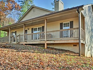 Peaceful Blairsville Home w/ Stunning Mtn. Views!