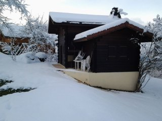 2 bedrooms chalet with mountain view and WiFi - 3 km from the slopes