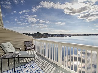 NEW! Waterfront Ocean View Townhome w/ Boat Slip!