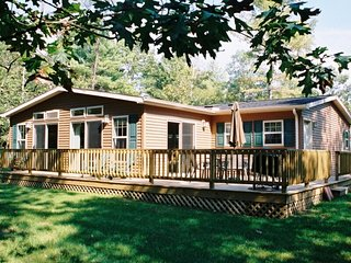 Timber Springs at Spring Brook Resort | Lakefront Family Home | Ideal Dells Spot