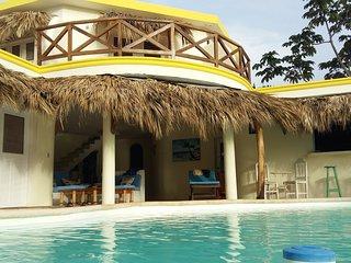 Villa Mariquita - vue exeptionelle sur la mer et les loma - 5ms plage