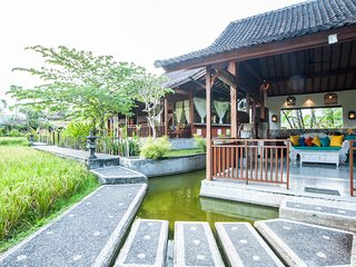 4 BR Amazing Villa Tirta Padi, Ubud with breakfast