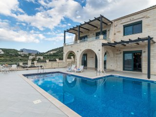 Luxury Villa Kera