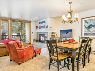 Ski In/Ski Out, Walk to Beaver Creek Village, YR Hot Tub, Convenient Location, T