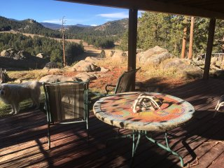 Getaway in the Mountains - Great Views, Goat Ranch
