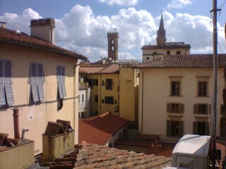 TWO DOUBLE BEDROOM APARTMENT , CENTRALLY LOCATED,  STUNNING VIEW ON THE DUOMO